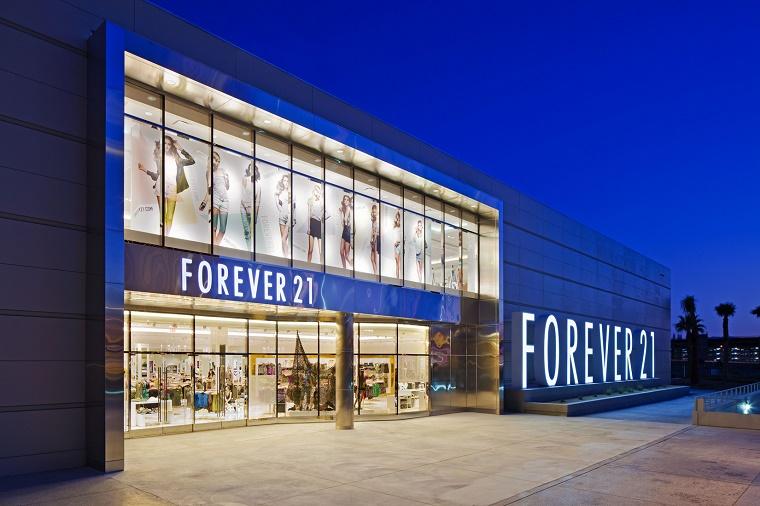 Forever 21 deschide al doilea magazin din Romania, in Sun Plaza Bucuresti