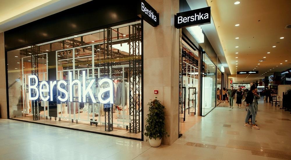 S-a deschis primul magazin Bershka din Suceava, in Iulius Mall