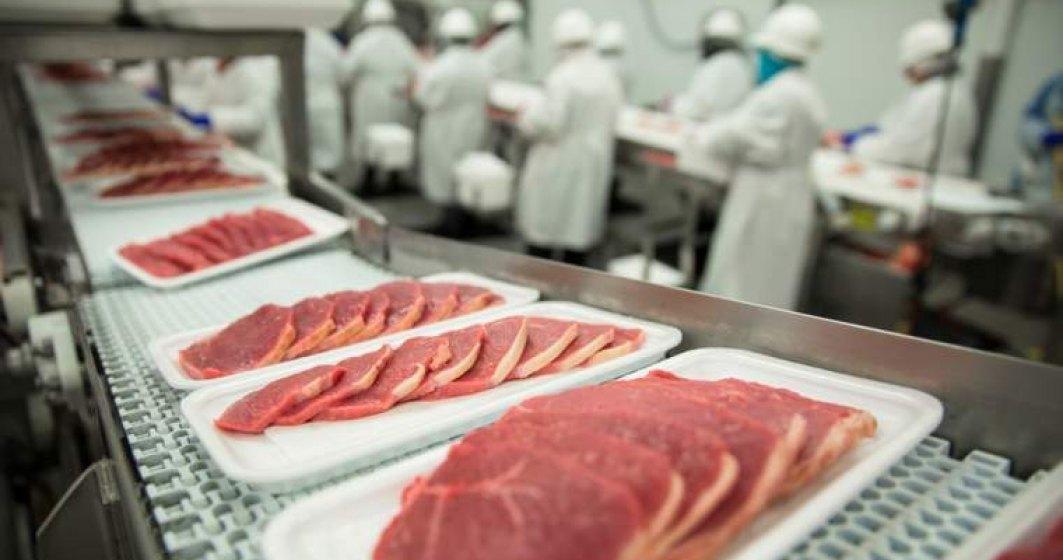 ANSVSA anunta controale in piete, abatoare si magazine alimentare pana pe 7 ianuarie 2020