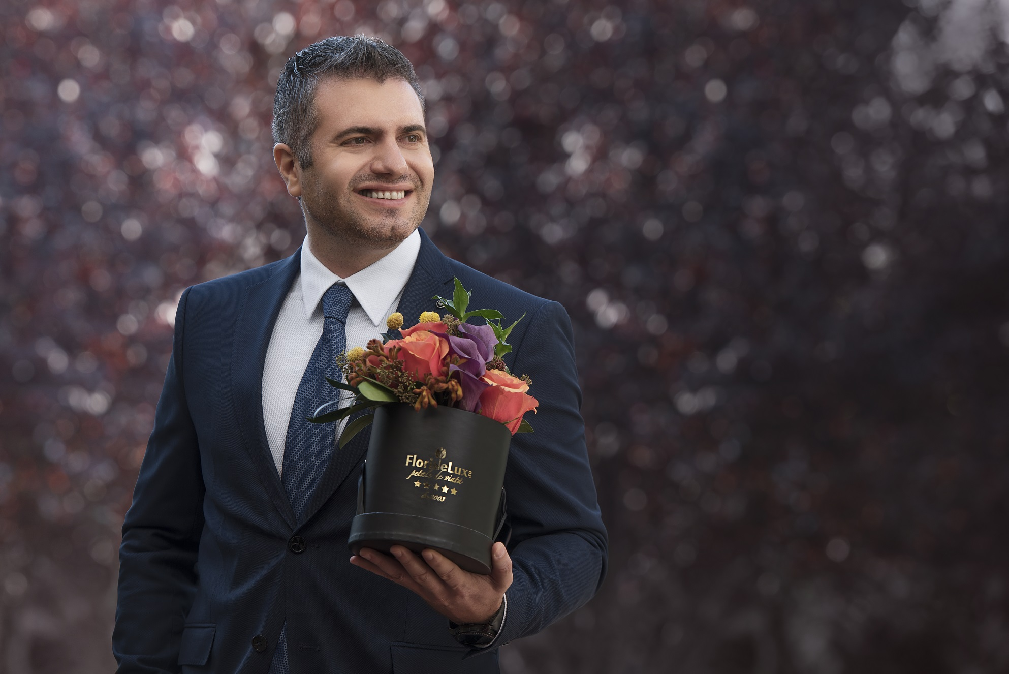 FlorideLux.ro: Vanzarile online de flori vor creste cu 15% in acest an de Valentine's Day