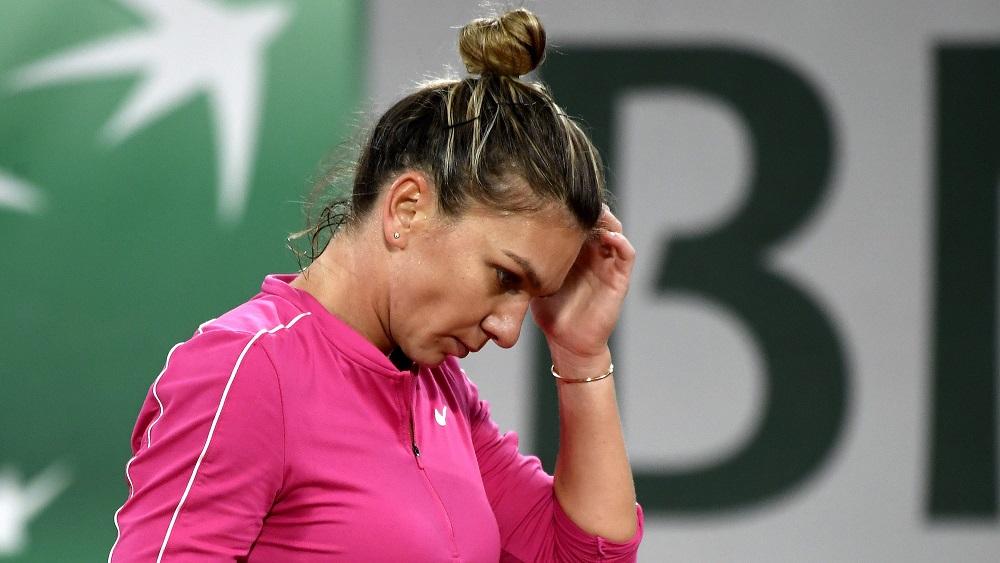Simona Halep s-a retras de la Wimbledon