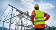 INS: Construcțiile, comerțul cu amănuntul și serviciile vor avea creșteri în următoarele trei luni