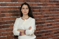 Analiză 2Performant: Românii s-au întors la cumpărat online haine de nuntă și de birou în 2021