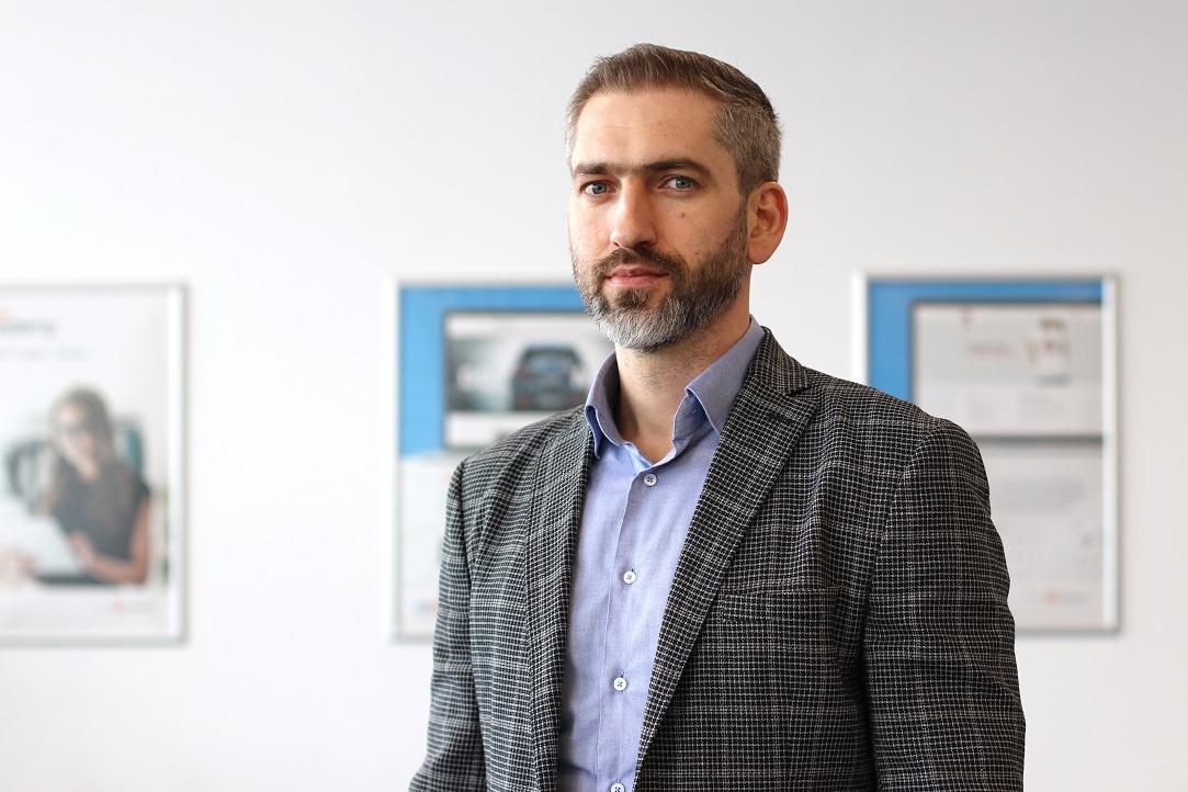 eCommerce Monday  Sandu Băbășan, Blugento: Magazinele online nu trebuie să se uite doar la piața din România