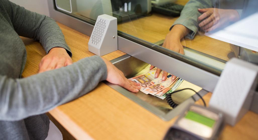 Lista băncilor cu cele mai bune dobânzi la depozite. Creditorii de top din România sunt la coadă