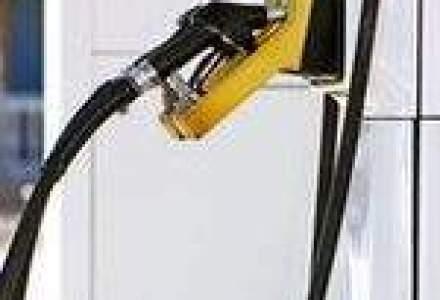 Pretul benzinei, niveluri record din Europa pana in California