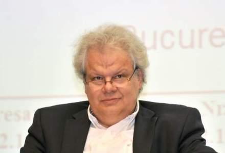 Jean Valvis, despre procesul privind designul Aqua Carpatica: Forma geometrica patrata nu apartine intelectual nimanui