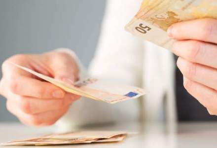Monica Macovei spune ca trebuie sa returneze 10.000 de euro, bani imprumutati pentru campania din 2014
