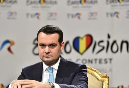 """Primarul arestat din Baia Mare a depus juramantul de investitura: oamenii au strigat """"libertate, libertate"""""""