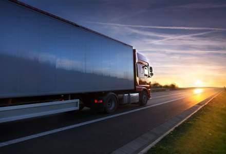 Daimler si alti producatori de camioane au fost amendati de catre UE cu o suma record de 2,9 miliarde euro