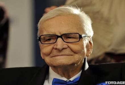 Biografia uitata a lui Radu Beligan: Nu pot sa-l injur pe Ceausescu, el mi-a dat bani sa fac Teatrul National