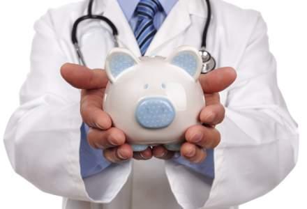 Noutati in sistemul sanitar din 1 august: Salarii mai mari si garzi platite suplimentar