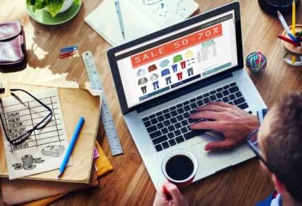 Ce cumpara romanii online si cat de des fac cumparaturi de pe internet