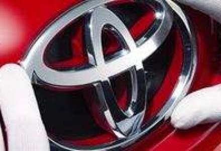 Toyota reporneste productia in Japonia, insa la o cadenta redusa