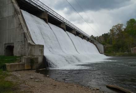 Ministerul Energiei ia in calcul construirea mai multor hidrocentrale mici in locul proiectului Tarnita-Lapustesti