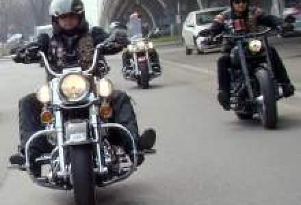 Romanii cauta motociclete mai scumpe in 2011