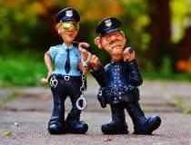 Politia Romana scoate la...