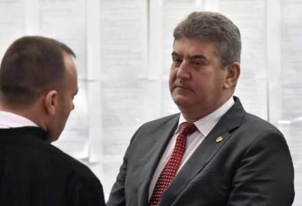 Ministerul Apararii verifica in ce conditii Gabriel Oprea a fost inaintat la gradul de general