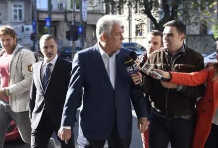"""Fostul ministru Adriean Videanu, audiat la DIICOT in dosarul """"Romgaz-Interagro"""""""