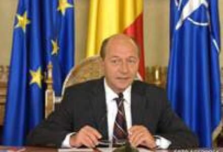 Basescu cere simplificarea sistemului de taxe