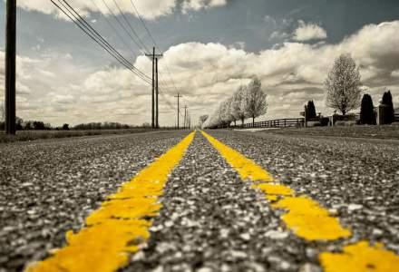 """Compania de drumuri cumpara """"un numar mare de utilaje"""" pentru a finaliza mai multe proiecte"""