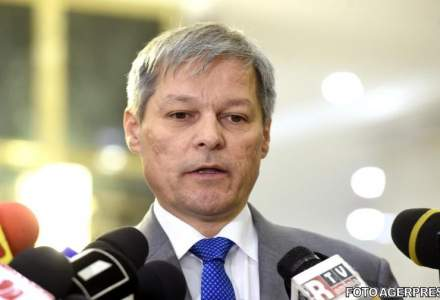 Dacian Ciolos a lansat Platforma 100. Primele reactii ale partidelor