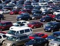 Guvernul vrea taxa auto la...