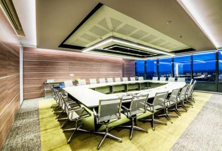 Locul in care deciziile luate aduc profitul mult ravnit: cum arata salile de sedinta care te inspira spre succes