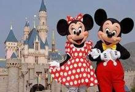 Disney ia credit de la 12 banci chineze pentru constructia Disneyland Shanghai