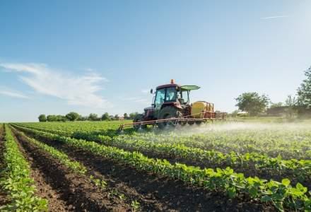 Vouchere pentru formare profesionala a fermierilor: 70-80 euro pe zi, de fermier