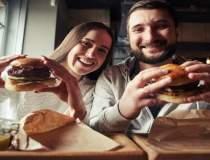 Finantistul care face burgeri...