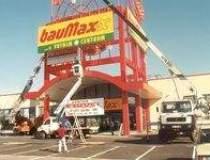 bauMax: Primele magazine...