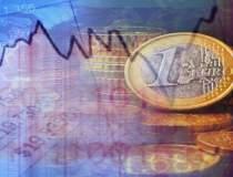 Euro se indreapta spre a 10-a...