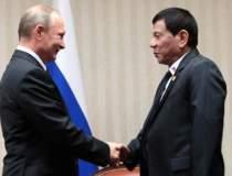 "Duterte critica ""ipocrizia""..."