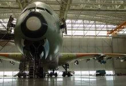 Cum arata fabrica unde se asambleaza cel mai mare avion din lume