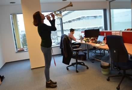 Noul birou Avangate, locul unde se canta la trompeta cand inchei vanzarile