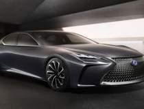 Lexus LS va primi o versiune...