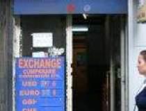 Cererea de valuta a accentuat...
