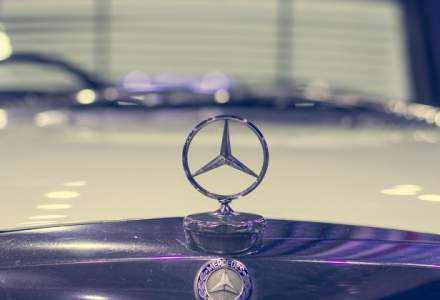 Mercedes-Benz a devenit cel mai mare producator de automobile premium, depasind BMW
