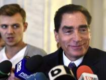 Fostul premier Petre Roman a...