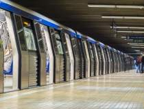 Statia de metrou Universitate...