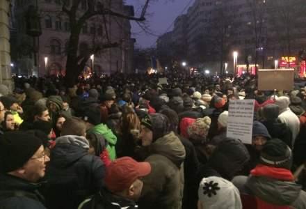 Peste 20.000 de oameni protesteaza in Capitala fata de legile privind gratierea si Codul Penal