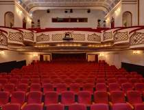 Teatrul National si Teatrul...