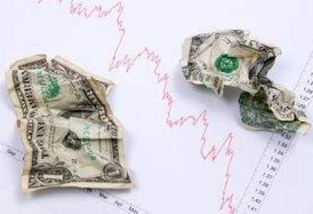 Investitorii asteapta o apreciere a dolarului, dupa evitarea colapsului SUA