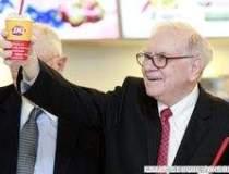 Miliardarul Warren Buffett,...