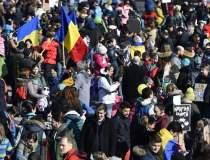 Zeci de studenti din Cluj au...