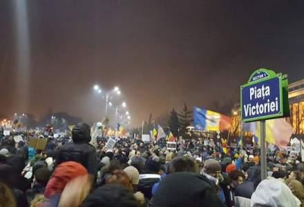 A treisprezecea zi de proteste: zeci de mii de oameni sunt in strada, in Bucuresti si alte orase