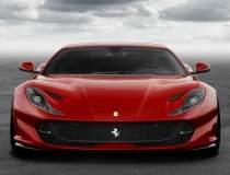Ferrari 812 Superfast -...