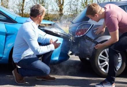 Asociatia service-urilor auto: ASF nu mai supravegheaza piata asigurarilor la fel de bine dupa plafonarea tarifelor RCA