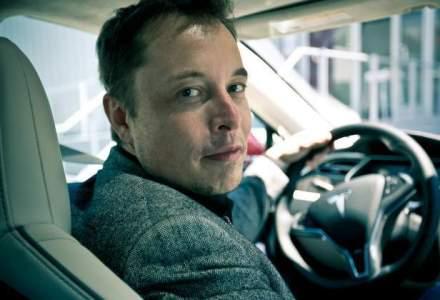 """Noi cu """"autostrada suspendata"""", Elon Musk cu tunelurile: """"O retea de tuneluri de 50 de niveluri sub orase ar rezolva problema traficului"""""""